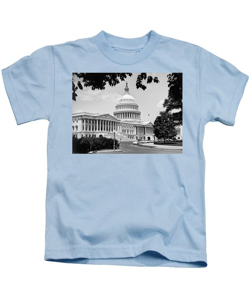 The Capitol Building Kids T-Shirt by Underwood Archives
