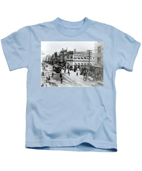 1900s Intersection Of Fair Oaks Kids T-Shirt