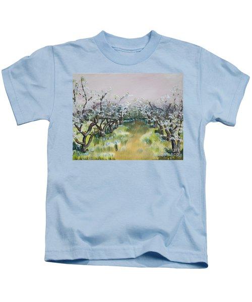 Apple Blossoms In Ellijay -apple Trees - Blooming Kids T-Shirt