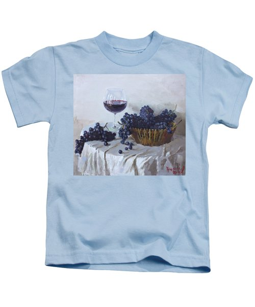 Blue Grapes And Wine Kids T-Shirt