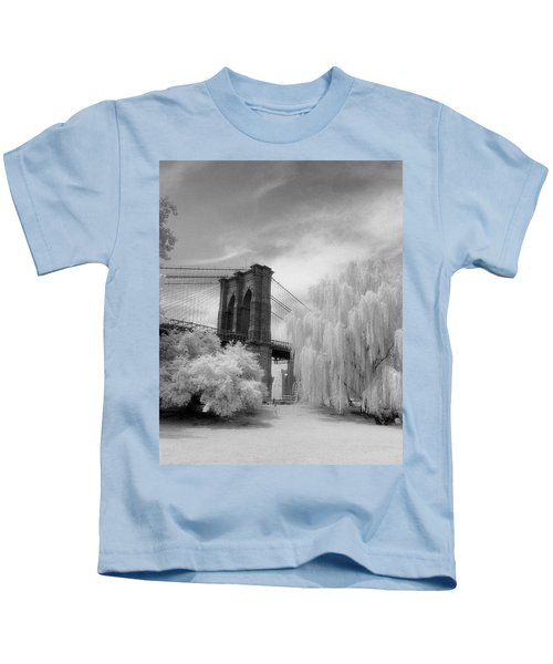 Brooklyn Bridge Willows Kids T-Shirt