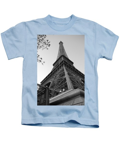 Eiffel Tower In Black And White Kids T-Shirt