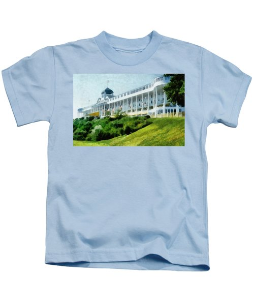 Grand Hotel Mackinac Island Ll Kids T-Shirt