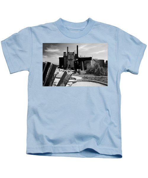 Industrial Power Plant Landscape Smokestacks Kids T-Shirt