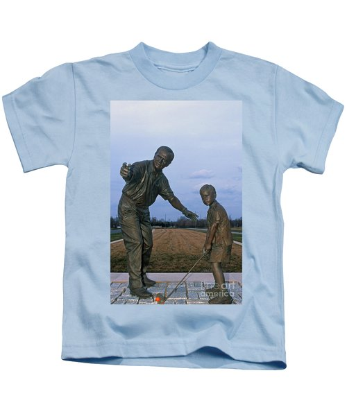 36u-245 Jack Nicklaus Sculpture Photo Kids T-Shirt