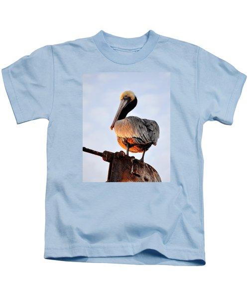Pelican Looking Back Kids T-Shirt