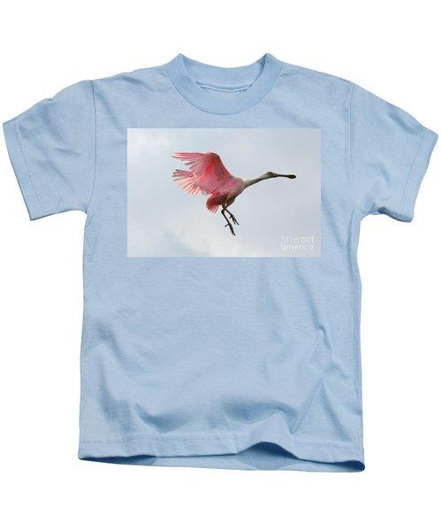 Roseate Spoonbill In Flight Kids T-Shirt by Carol Groenen