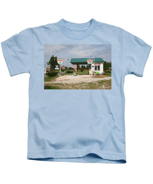 Route 66 Gas Station With Sponge Painting Effect Kids T-Shirt