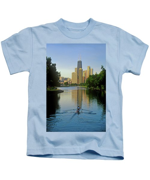Rower On Chicago River With Skyline Kids T-Shirt
