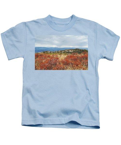 Sandstone Peak Fall Landscape Kids T-Shirt