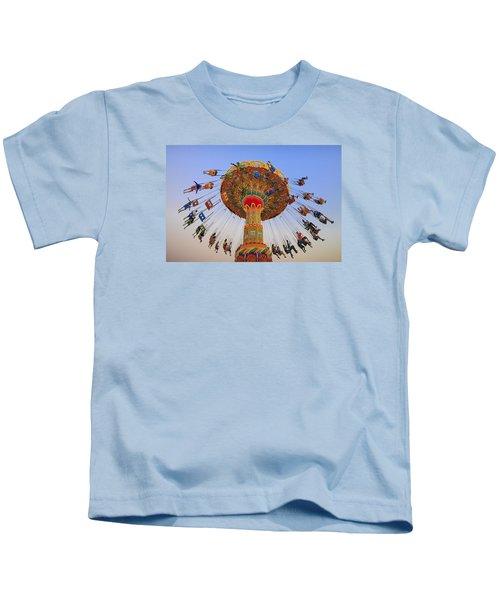 Santa Cruz Seaswing At Sunset 9 Kids T-Shirt