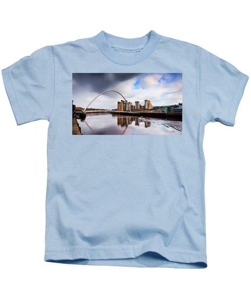 The Gateshead Millennium Bridge Kids T-Shirt