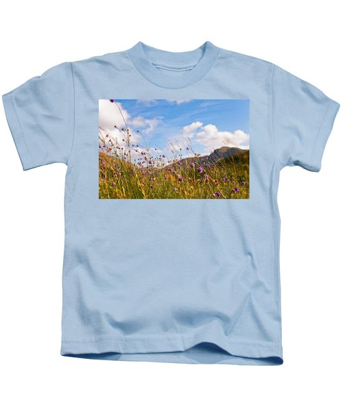 When The Sun Is Shining Everything Around Smiling Towards. Scotland Kids T-Shirt