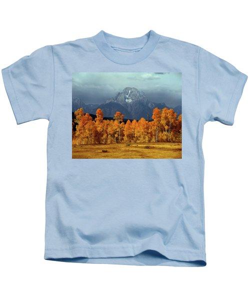 1m9235 Mt. Moran In Autumn Kids T-Shirt