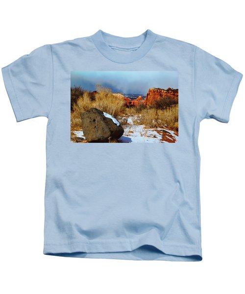 Captiol Reef National Park  Kids T-Shirt