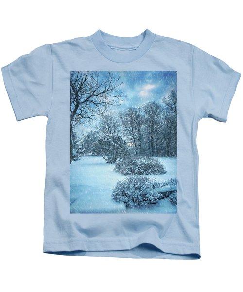 A Winters Tale Kids T-Shirt