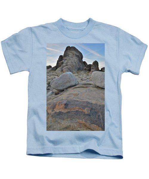 Alabama Hills Boulders At Dusk Kids T-Shirt