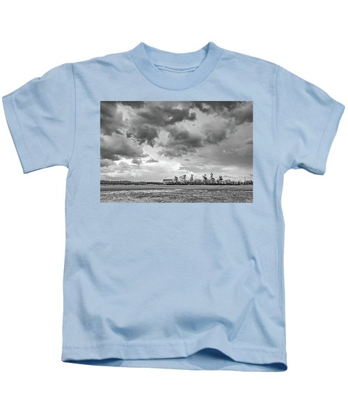 Approaching Spring Thunderstorm 2 Bw Kids T-Shirt