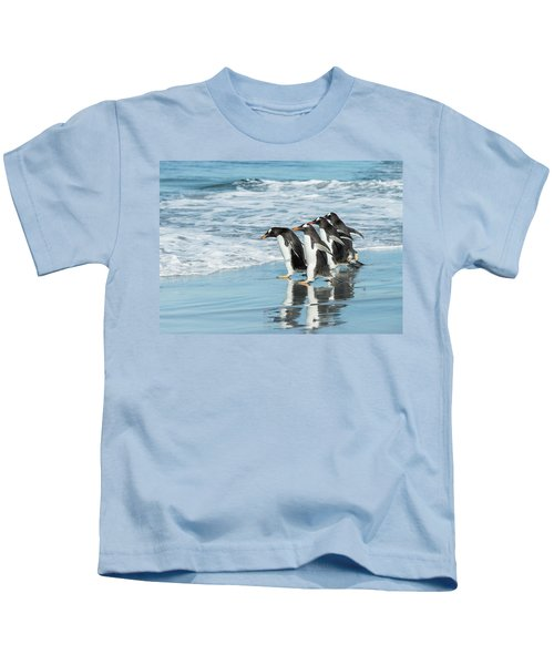 Back To The Sea. Kids T-Shirt