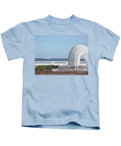 Bayshore Boulevard Sculpture Kids T-Shirt