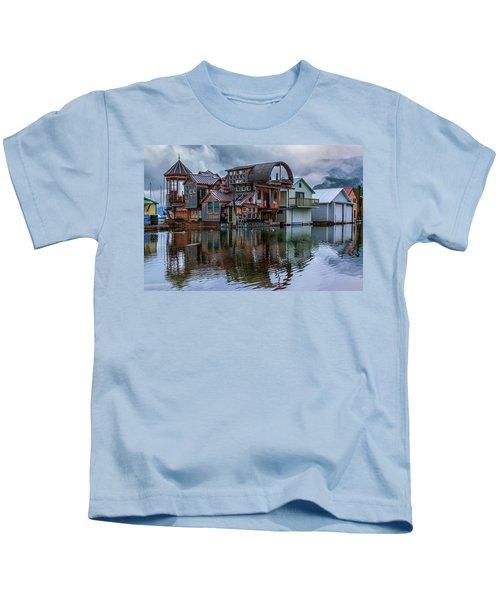Bayview Houseboat Kids T-Shirt