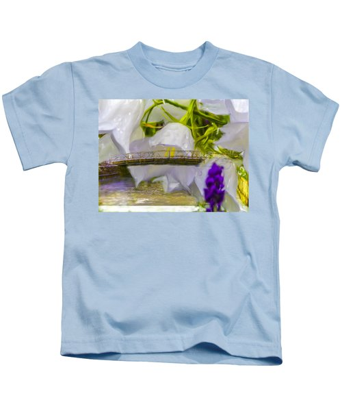 Bridge Flower.  Kids T-Shirt
