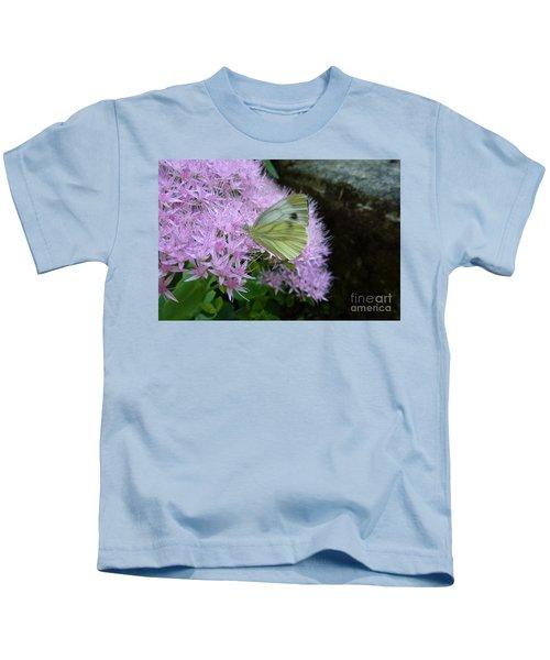 Butterfly On Mauve Flowers Kids T-Shirt