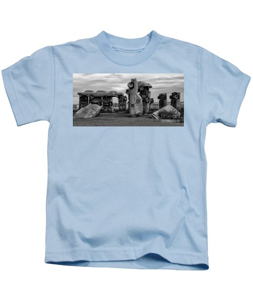 Carhenge Nebraska 17 Kids T-Shirt
