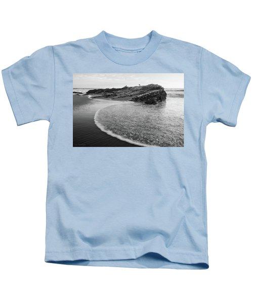 Carpinteria Seagull Kids T-Shirt