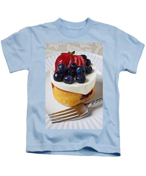 Cheese Cream Cake With Fruit Kids T-Shirt