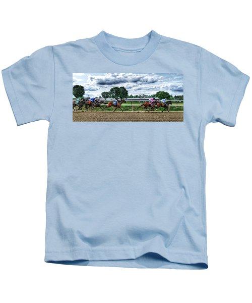 Close Competition Kids T-Shirt