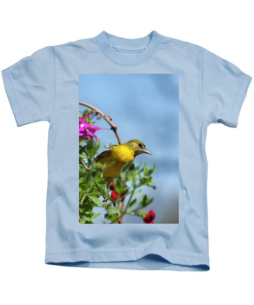 Female Baltimore Oriole In A Flower Basket Kids T-Shirt