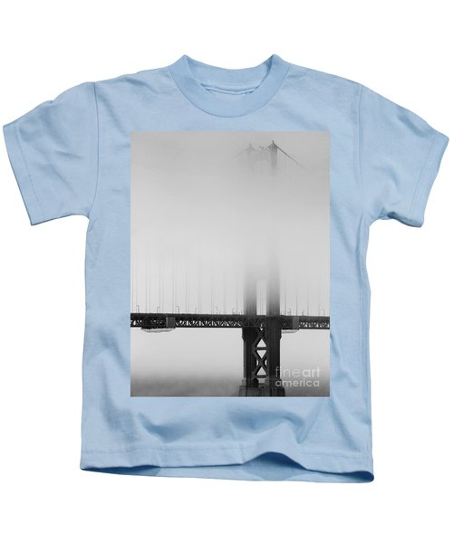 Fog At The Golden Gate Bridge 4 - Black And White Kids T-Shirt