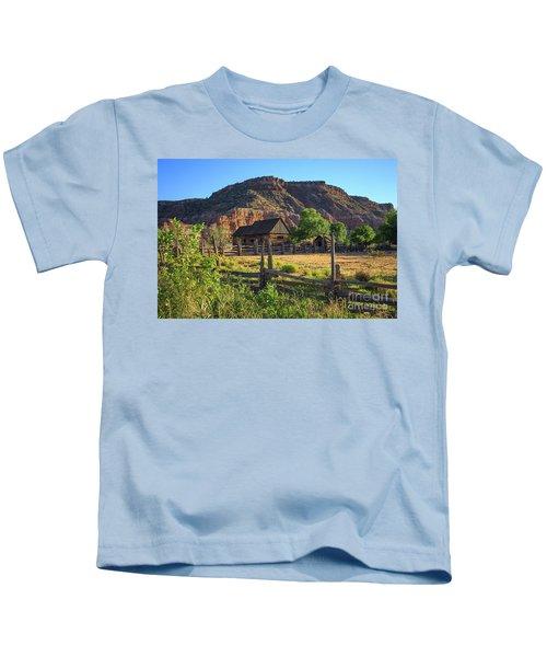 Grafton Ghost Town Utah Old Barns Kids T-Shirt