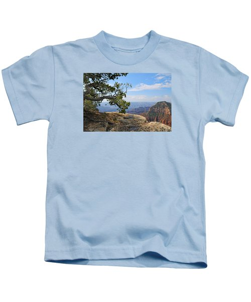 Grand Canyon North Rim Craggy Cliffs Kids T-Shirt