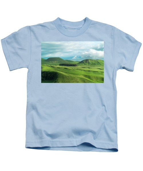 Green Hills On The Big Island Of Hawaii Kids T-Shirt