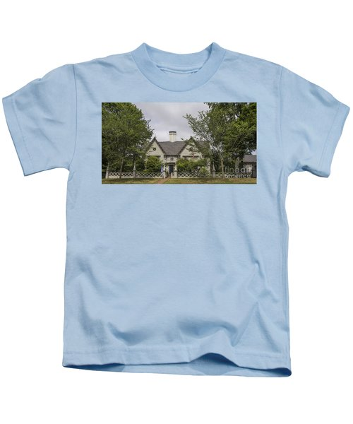 Historic House In Salem Kids T-Shirt