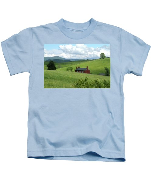 House In The Hills Kids T-Shirt