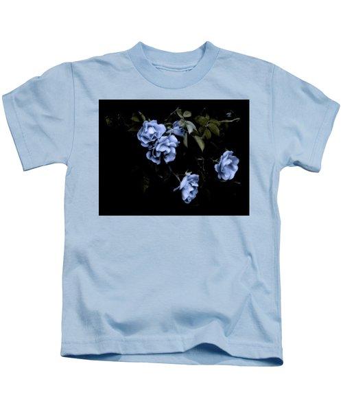 I Dream Of Roses Kids T-Shirt