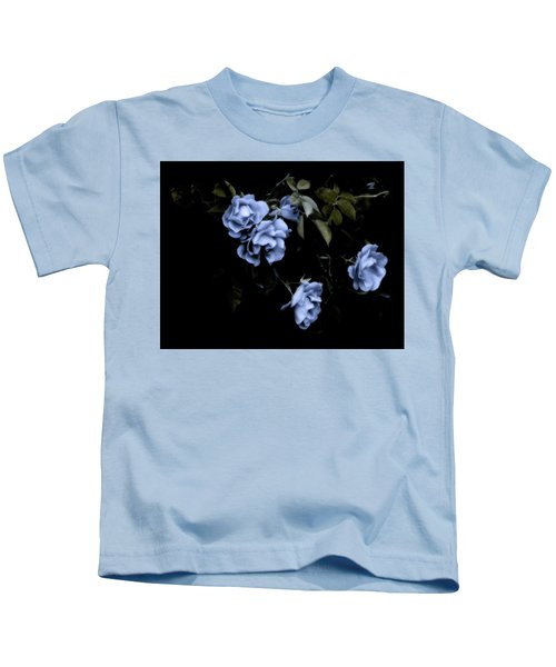 I Dream Of Roses Kids T-Shirt