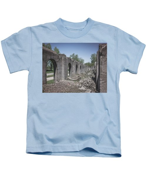 Into The Ruins 2 Kids T-Shirt