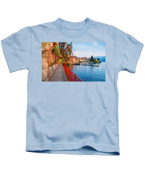 Italian Walk Of Love  Kids T-Shirt
