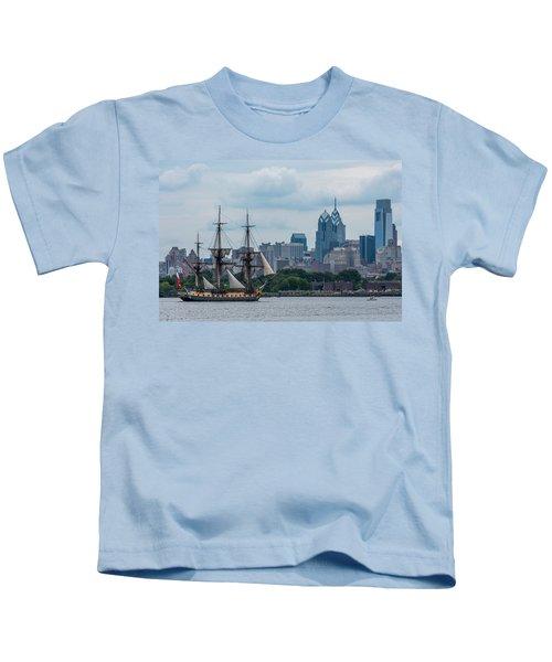 L Hermione Philadelphia Skyline Kids T-Shirt