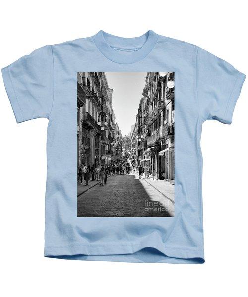 La Rambia Bw Streets  Kids T-Shirt