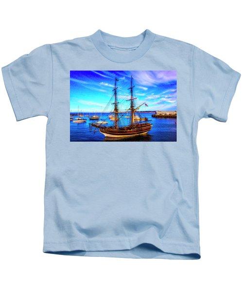 Lady Washington In Monterey Bay Kids T-Shirt