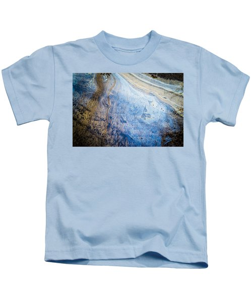 Liquid Oil On Water With Marble Wash Effects Kids T-Shirt