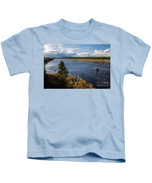 Madison River In Yellowstone National Park Kids T-Shirt