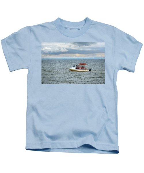Maryland Crab Boat Fishing On The Chesapeake Bay Kids T-Shirt