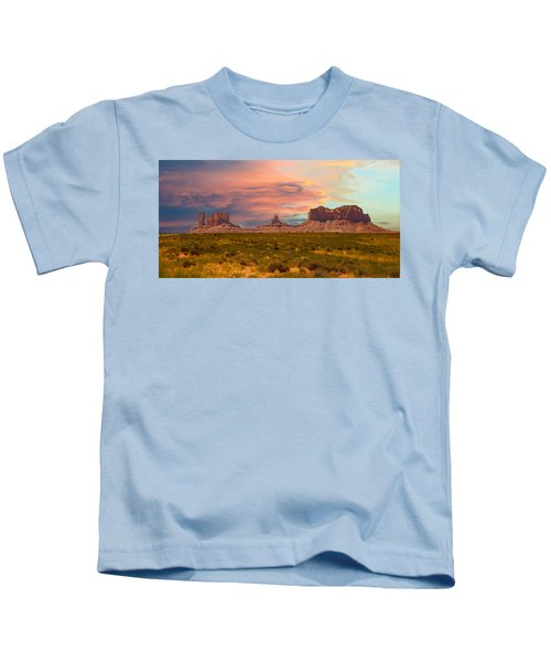 Monument Valley Landscape Vista Kids T-Shirt