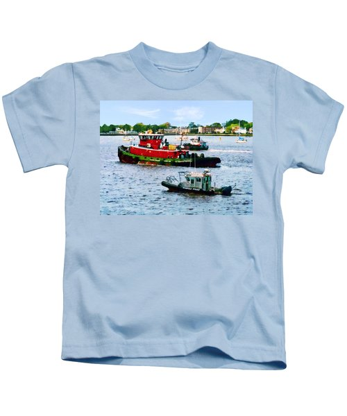 Norfolk Va - Police Boat And Two Tugboats Kids T-Shirt